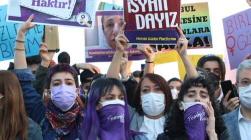 'İstanbul Sözleşmesi bizimdir' diyen kadınlara yine para cezası!